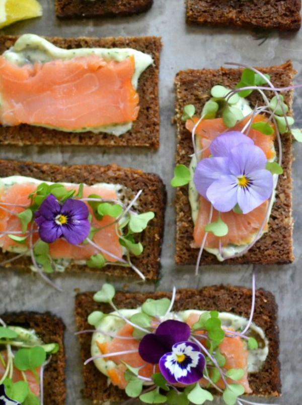 midsummer-food-rye-bread